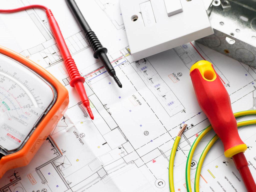 PAH Electrical Contractors in Kent | Electricians in Kent